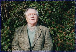 Joseph rouffanche dans son jardin